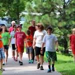 Photo of students walking to Minneapolis Sculpture Garden