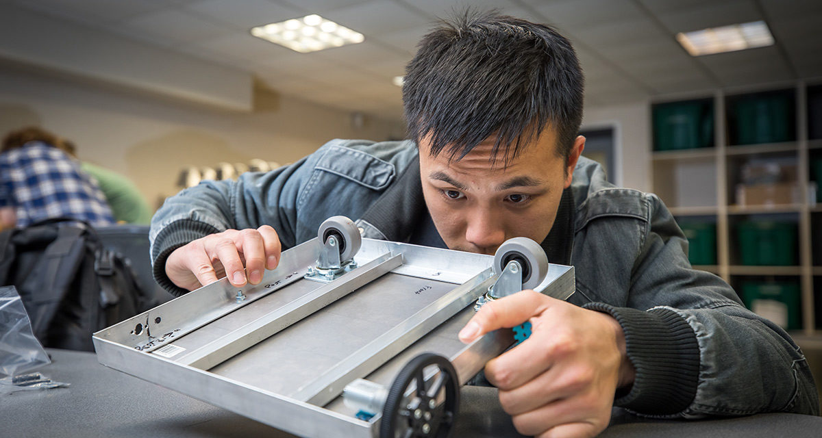 First-semester engineering students tackle autonomous robot project