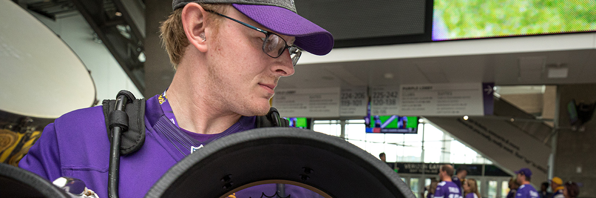 Logan Brandes, Bachelor of Architecture student plays in the Minnesota Vikings Skol Line