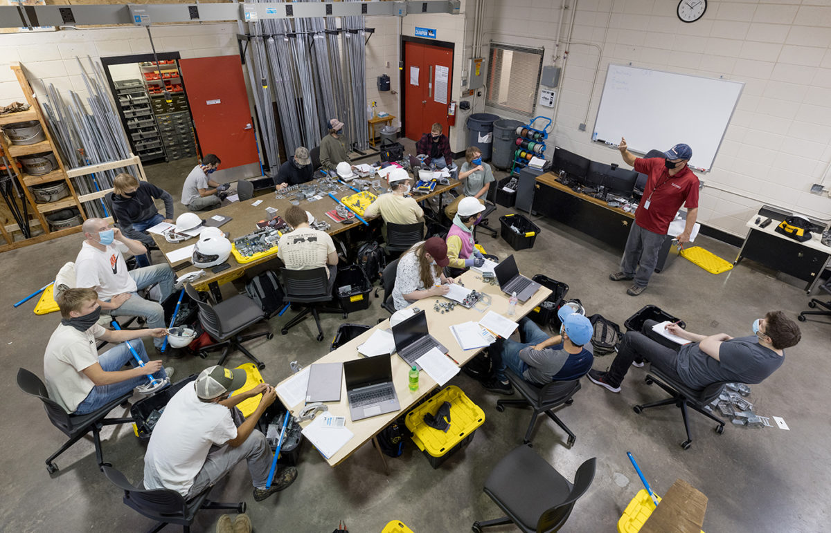 Students in an Electrical class
