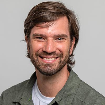 Headshot of Pablo Villamil