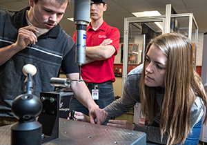 Mechanical Engineering students in the Metrology lab May 2019.